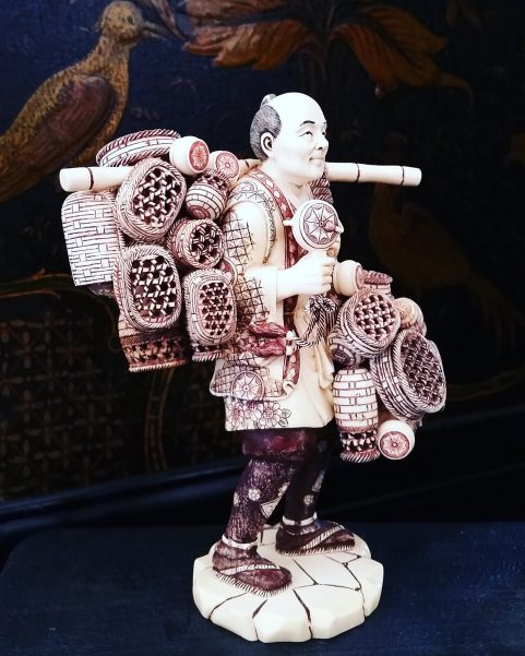 Pair of fine Japanese ivory figures of fishermen c.1880
