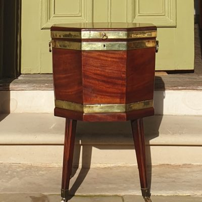 George III mahogany wine cellarette c 1780
