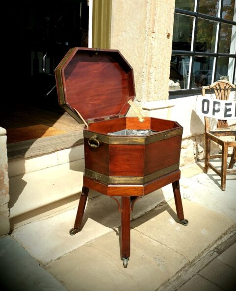 George III mahogany Wine Cellarette c1760
