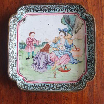 Cantonese Exportware Enamel Dish c 1790