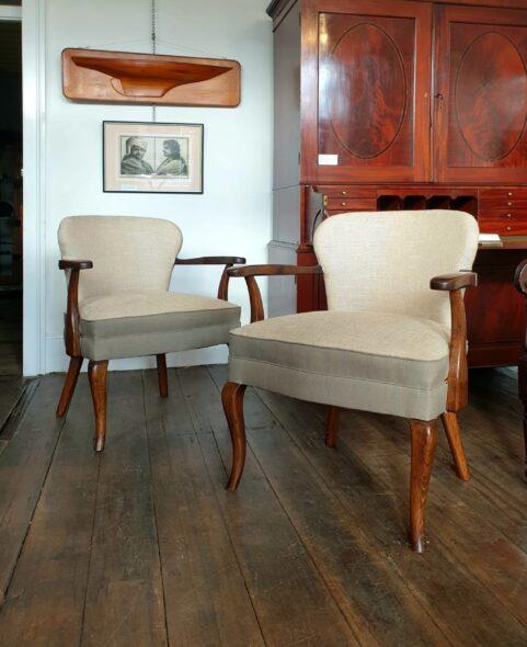 Pair of 1940s Tasmanian Oak Chairs